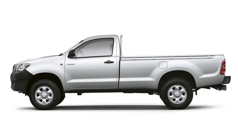 Toyota Hilux 4x2 Single Cab Deckless 2011 price and specification