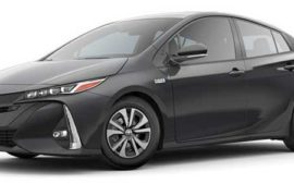Toyota Prius Two 2017 price and specification