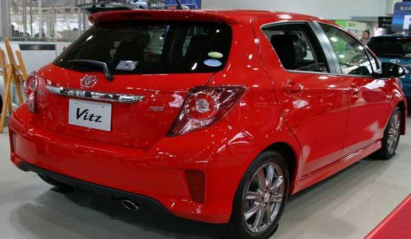 Toyota vitz Jewela 2016 price and specifications - fairwheels.com