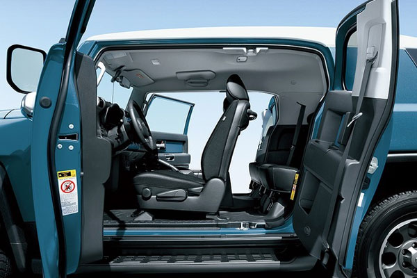 Toyota FJ Cruiser comfort-and-security