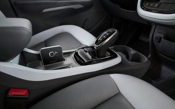 Chevrolet-bolt-2017-transmission