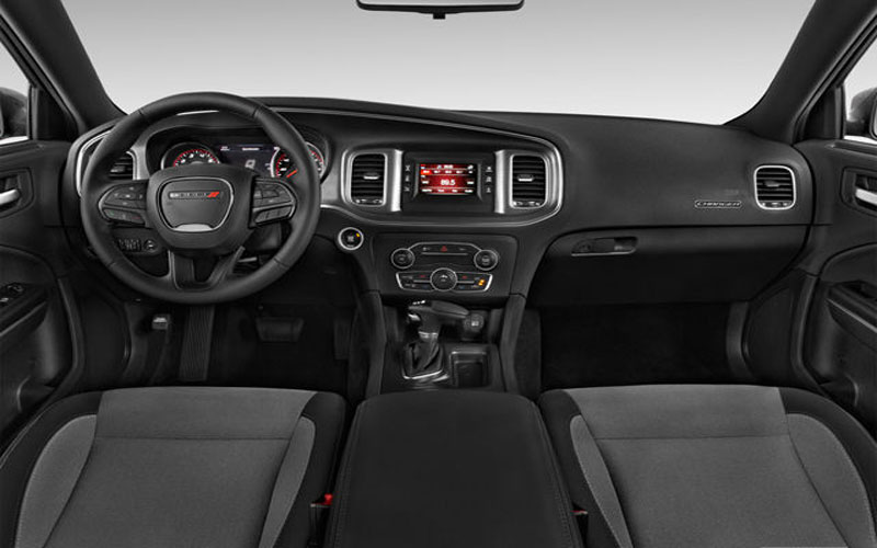 Dodge-charger-2017--front-interior