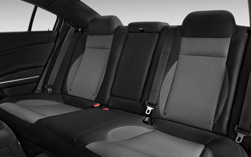 Dodge-charger-Rear-seats