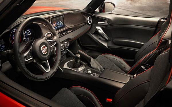 Fiat-124-Spider-Elaborazione-Abarth-Convertible-2017-Design-Front-seats