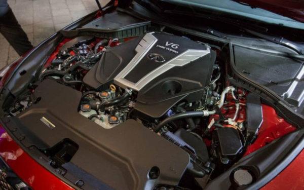 Infinit-Q50-2017-engine