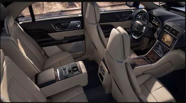 Lincoln-continental-Select-AWD-2017-interior