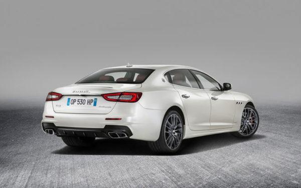 Maserati-Ghibli-S-Q4-2017-rear