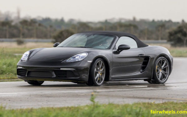 Porsche-Roadster-Boxster-2017-front