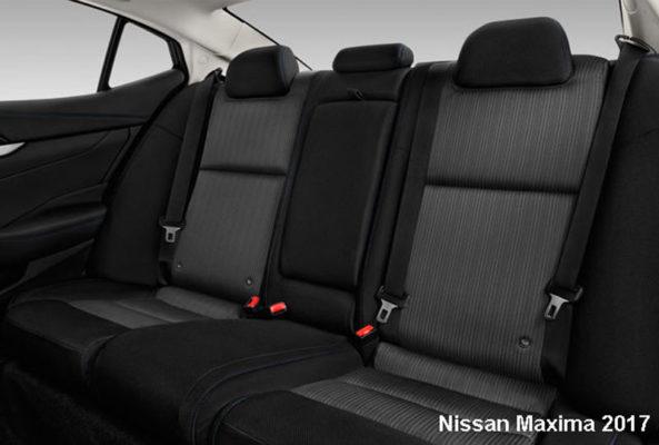 Nissan-Maxima-2017-back-seats