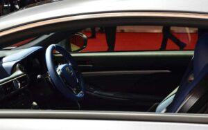Lexus-RCF-special-Edition-2017-Interior-1