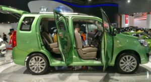 7-Seater-Suzuki-Wagon-R-2018-inner-viewr--Launch