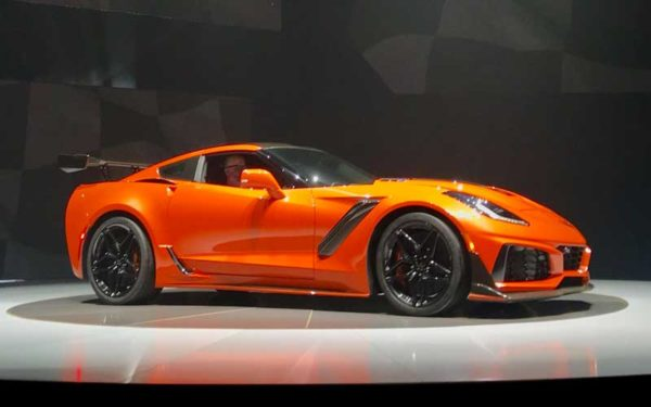 Chevrolet Corvette launched ZR1 in Dubai for year 2019 1