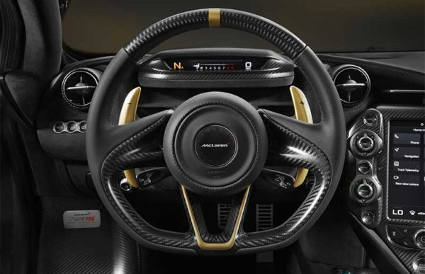 MC-Laren-720-S-Black-gold-interior--Dubai-Show