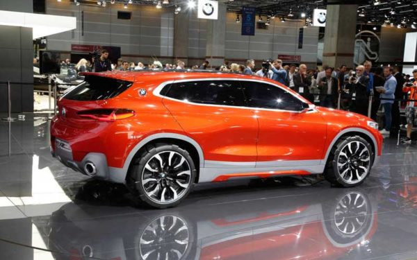 Upcoming-BMW-X2-2018-side-View