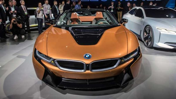 BMW-i8-Roadster-2019-Revelation-front-View-1--LA-Auto-Show