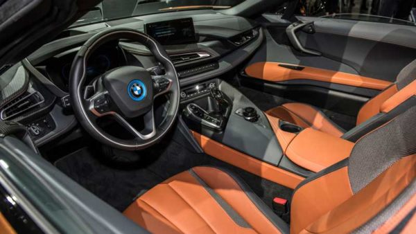BMW-i8-Roadster-2019-Revelation-interior-View---LA-Auto-Show
