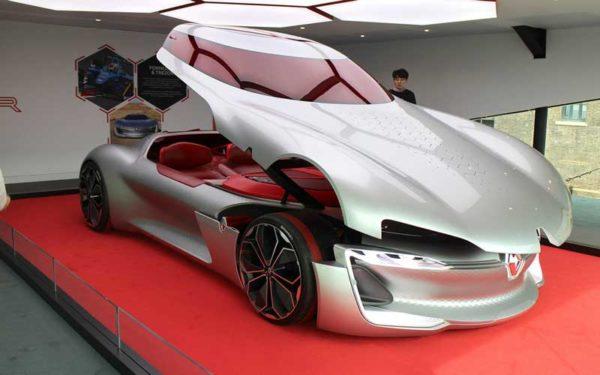 Renault-Trezor-Concept-Vehicle-full-view