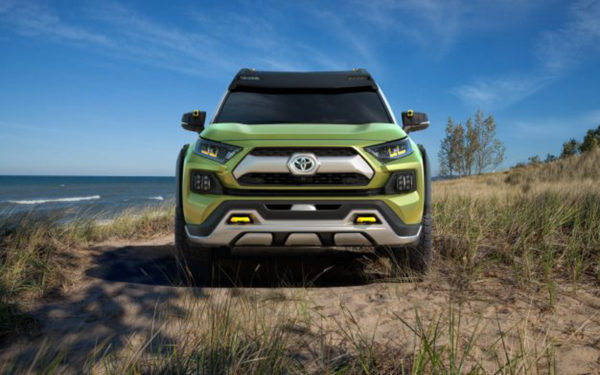 Toyota-FT-AC-Concept-front-view---La-Auto-show-2017