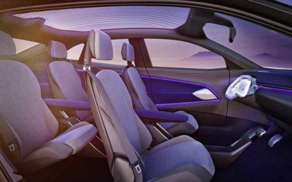 Volkswagen-EV-Crossover-2020-interior--LA-auto-show-2017