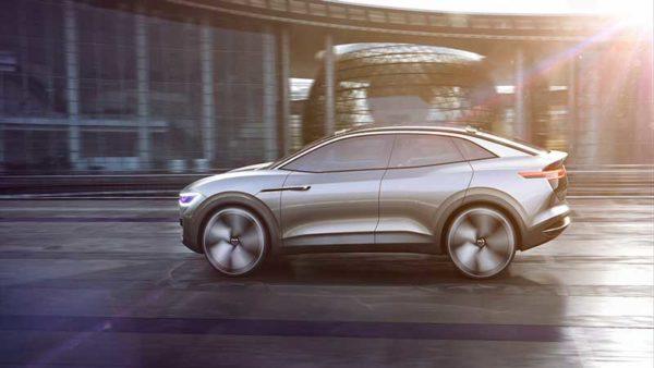Volkswagen-EV-Crossover-2020-side-view--LA-auto-show-2017