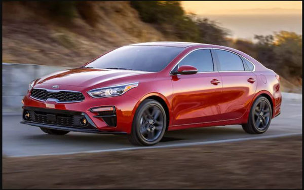 Kia-Forte-2019-Coming-to-Pakistan-(side-view)---Detroit-auto-show-2018