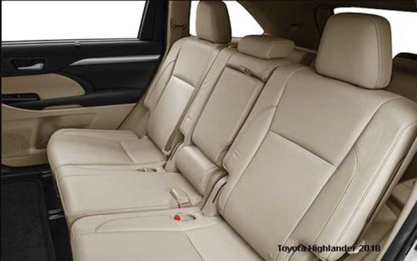 Toyota-Highlander-2018-back-seats