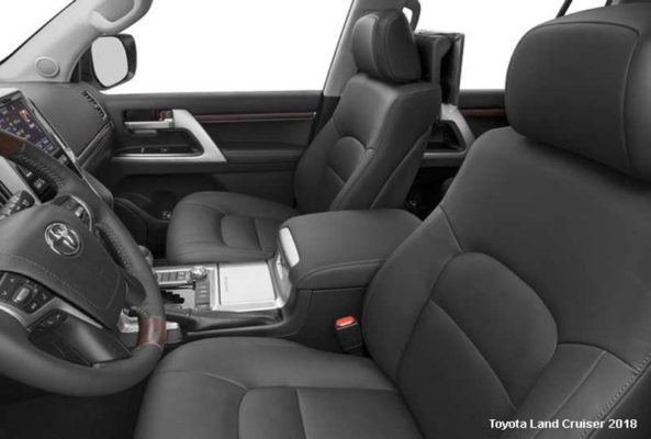 Toyota-Land-Cruiser-2018-front-seats