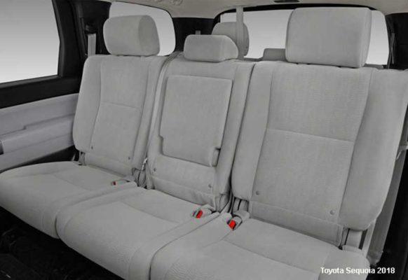 Toyota-Sequoia-2018-back-seats