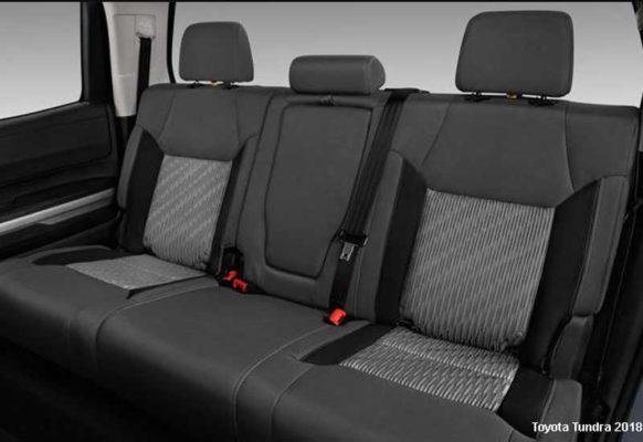 Toyota-tundra-2018-back-seats