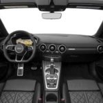 Audi-TT-2018-steering-and-transmission