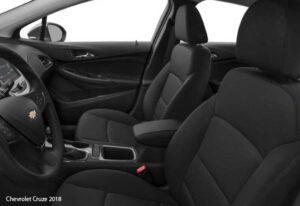Chevrolet-Cruze-2018-front-seats