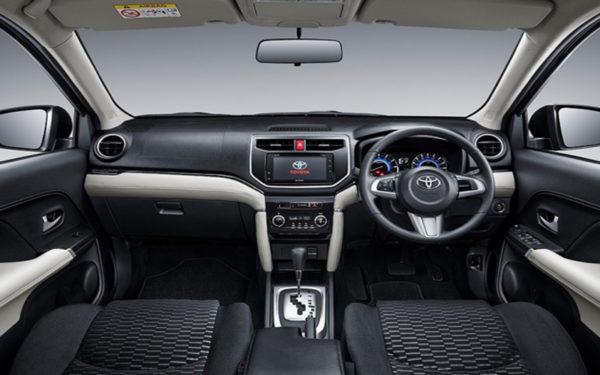 Toyota-Rush-2018-interior-Launch-in-india