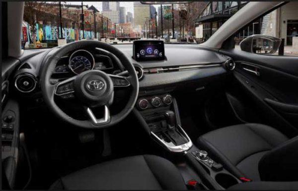 Toyota-Yaris-2019-interior---new-york-Auto-show-2018
