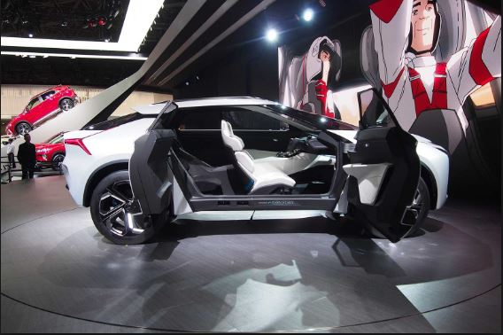 Mitsubishi Lancer SUV expected interior - 2018