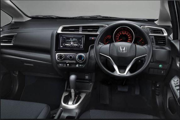 Honda Jazz facelift interior