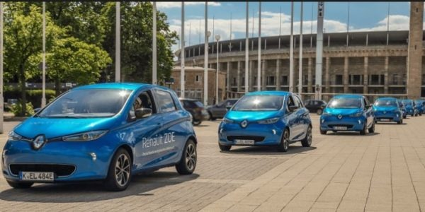 EV car sharing Service is started by Renault & ADA in Paris