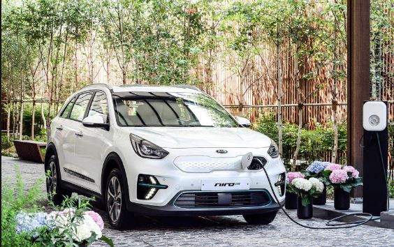 KIA displayed Niro Electric Crossover at paris motor show 2018