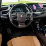 Lexus ES 2019 steering and transmission