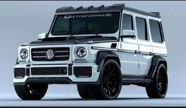 Suzuki Jimmy may look like Mercedes G Class - Chelsea truck company