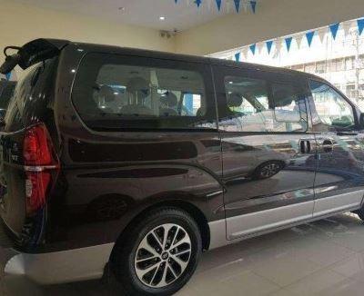 Hyundai Grand Starex 2019 Back Image