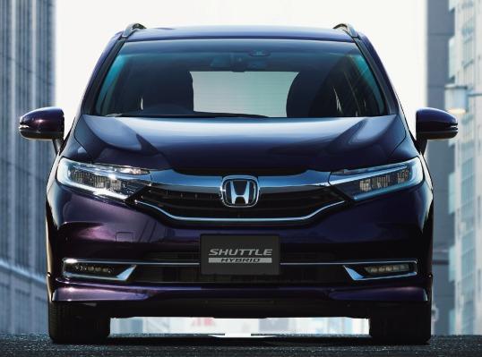 Honda Shuttle Hybrid 2019 front view