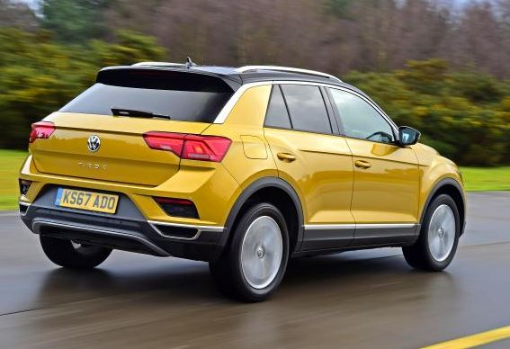 Volkswagen T-Roc rear view