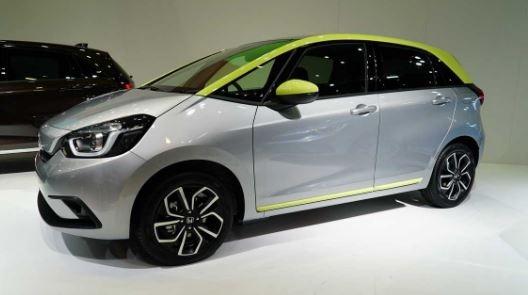 Honda Jazz Hybrid 2020 Side View