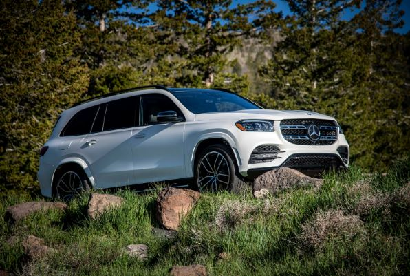 2020 Mercedes Benz GLS side view