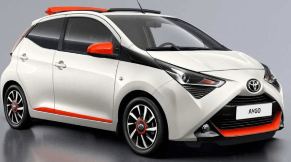 2020 Toyota Aygo side view