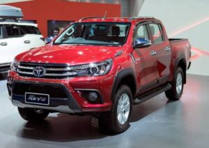 2020 Toyota Hilux Revo front view