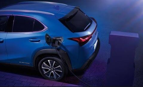 2020 lexus ux300e rear view