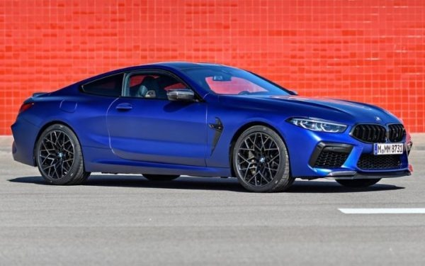 2020 BMW M8 Competition Coupe side view
