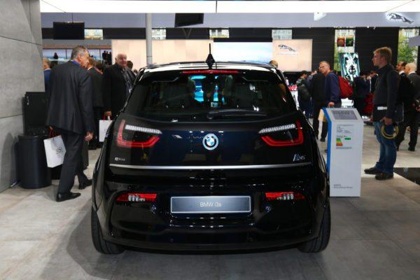 2020 BMW i3 Rear View