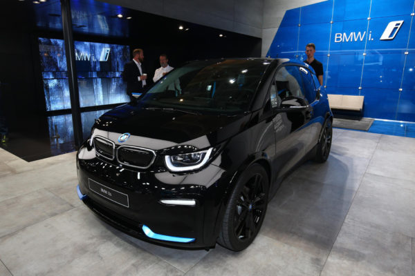2020 BMW i3 feature Image